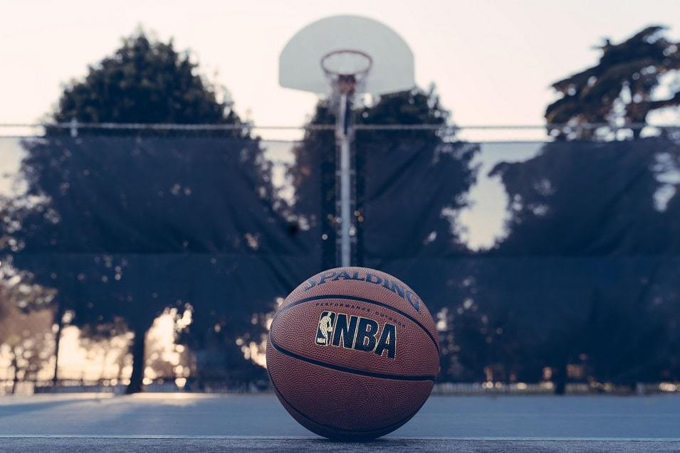Guide To Choosing An Outdoor Basketball